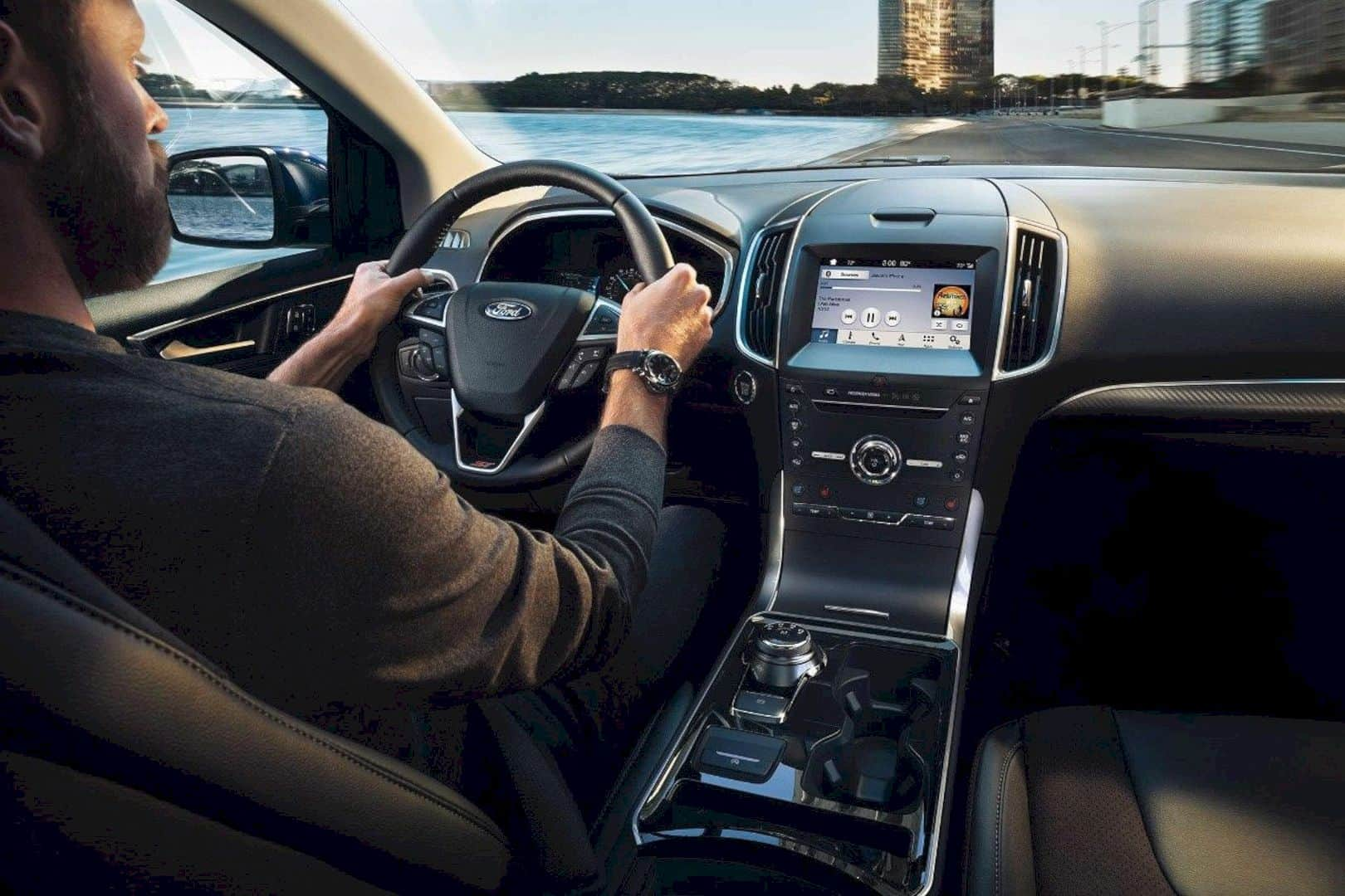 The Latest 2019 Ford EDGE – Smart New Look + Smart New Features | Design Listicle