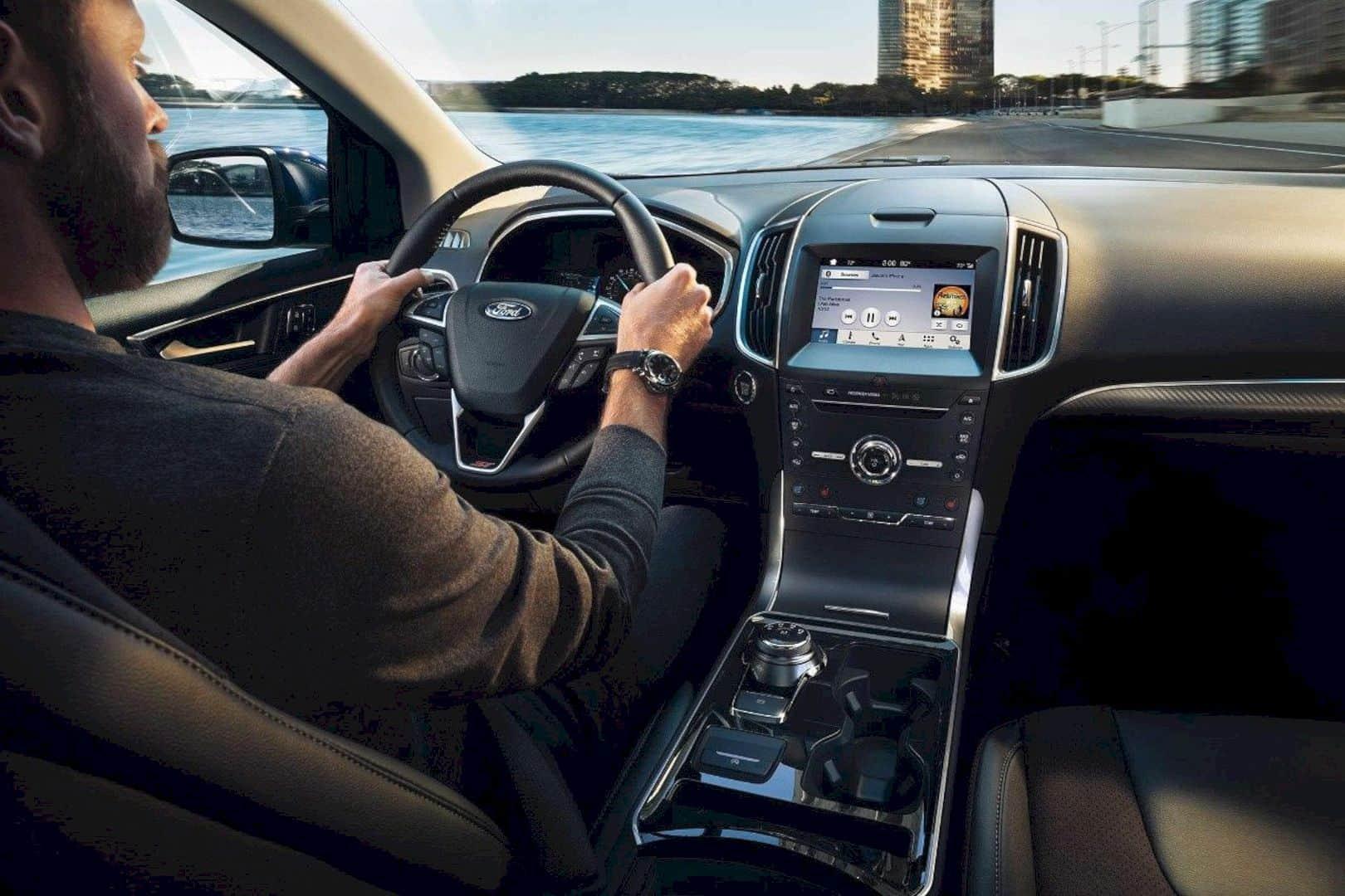 2019 Ford Edge 3