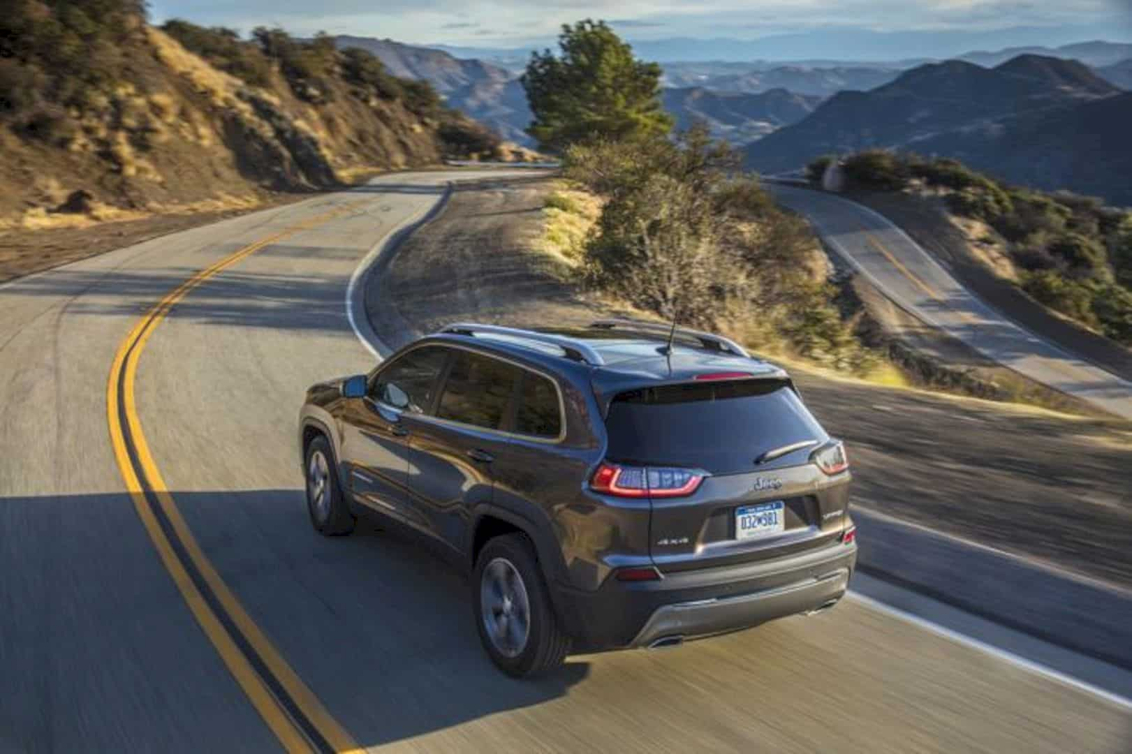 2019 New Jeep Cherokee 8