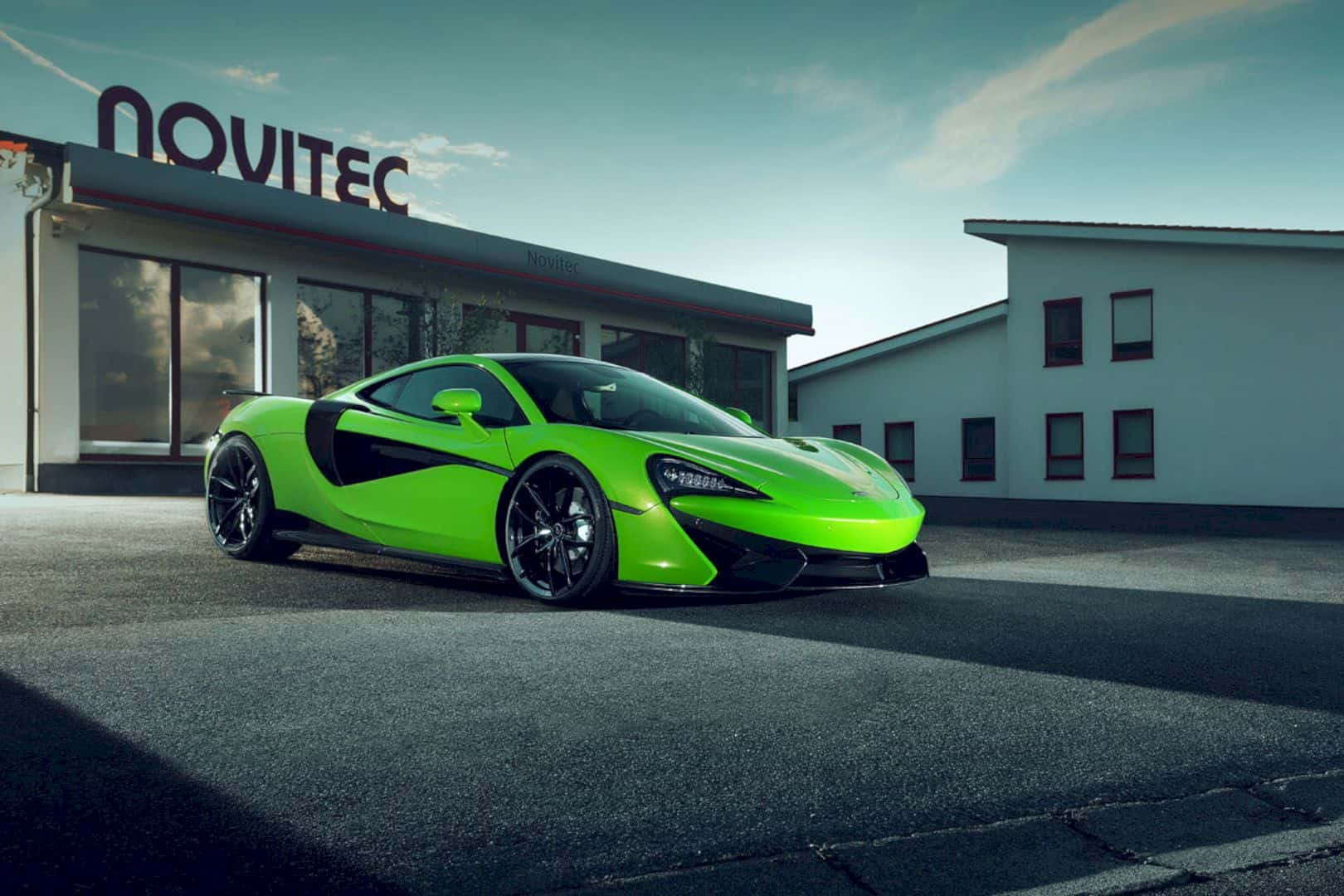 NOVITEC McLaren 3