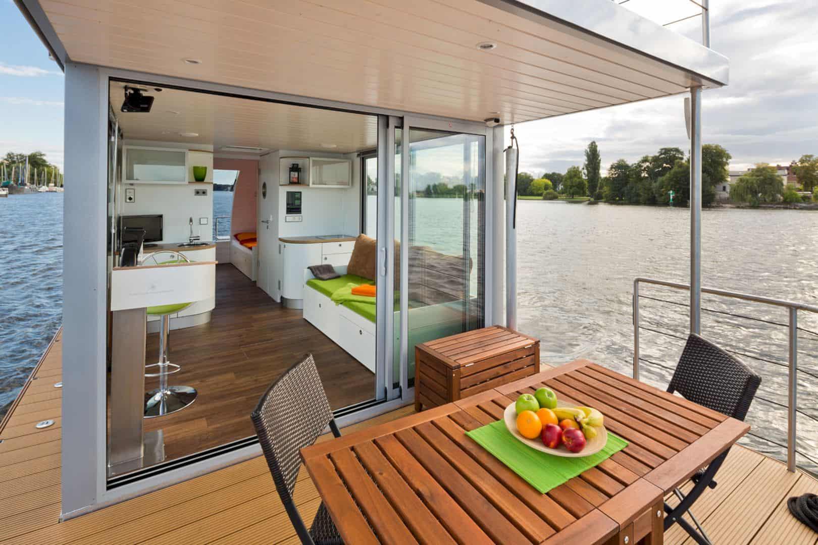 Nautilus Houseboats 6
