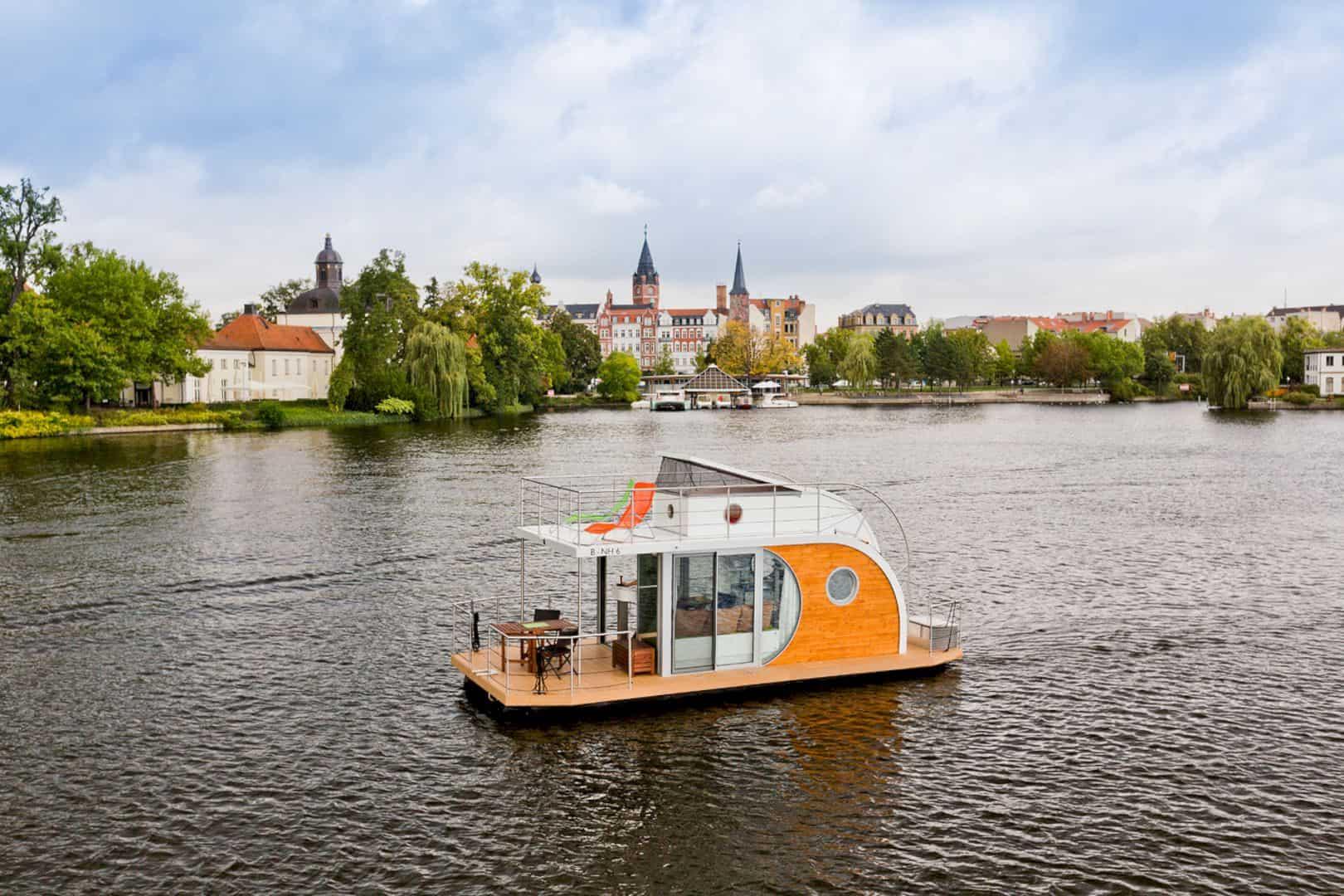Nautilus Houseboats 8