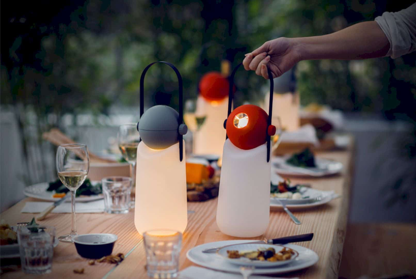 Guide Light: Your Best Portable Light Source in Anywhere and Anytime