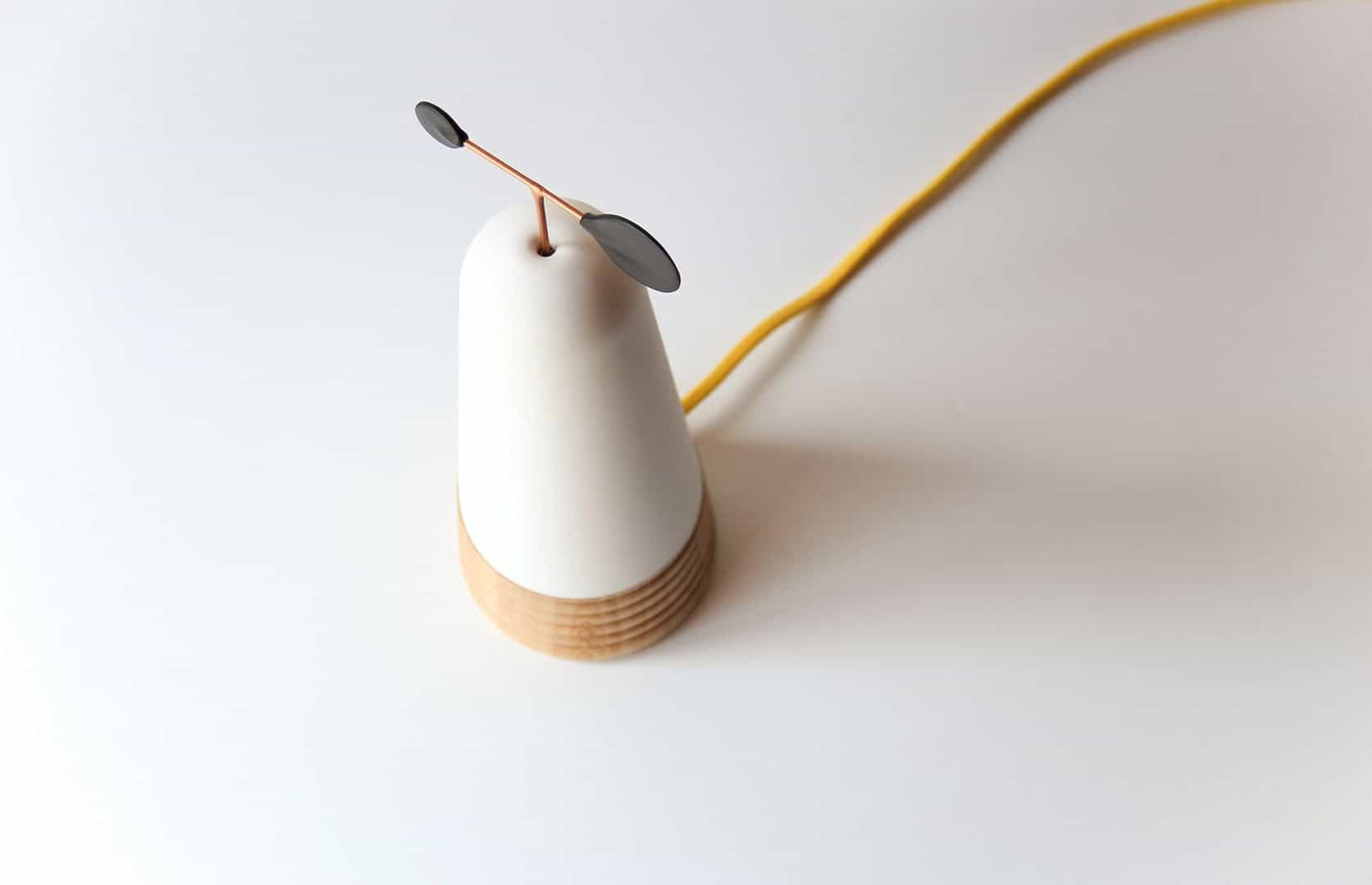 Volé Lamp: A Lamp with Humble Blow for Warm Environments