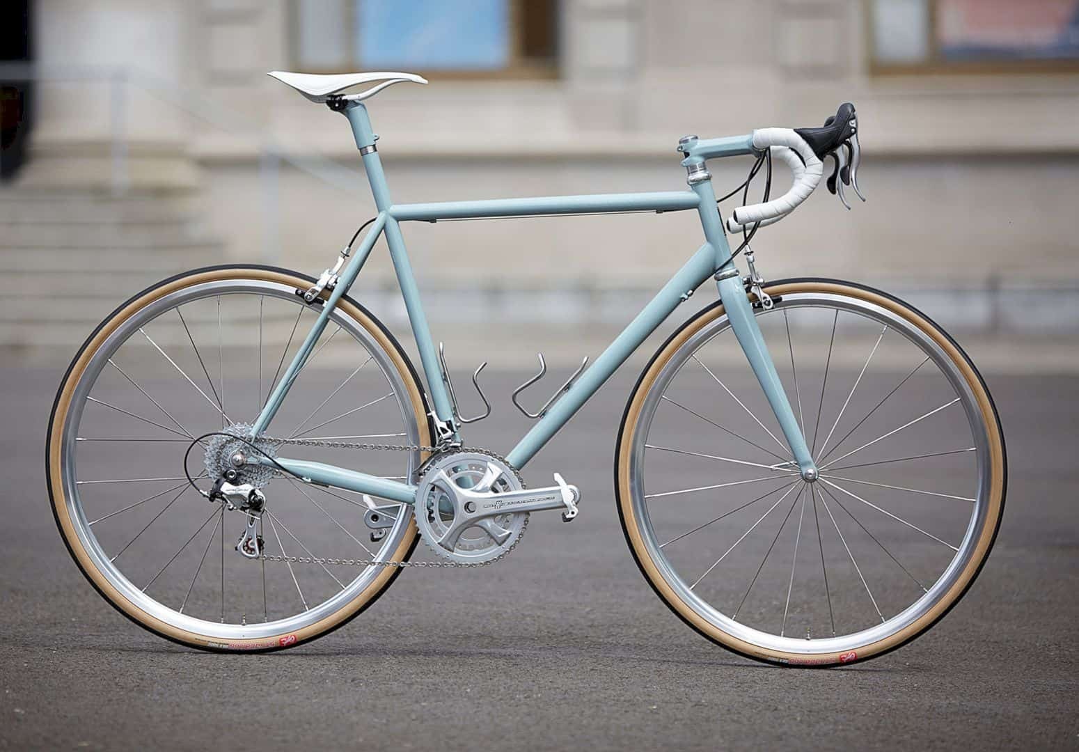 The OG Classic: Minimalist Bike with A Vintage-Inspired-All-Day Race Machine