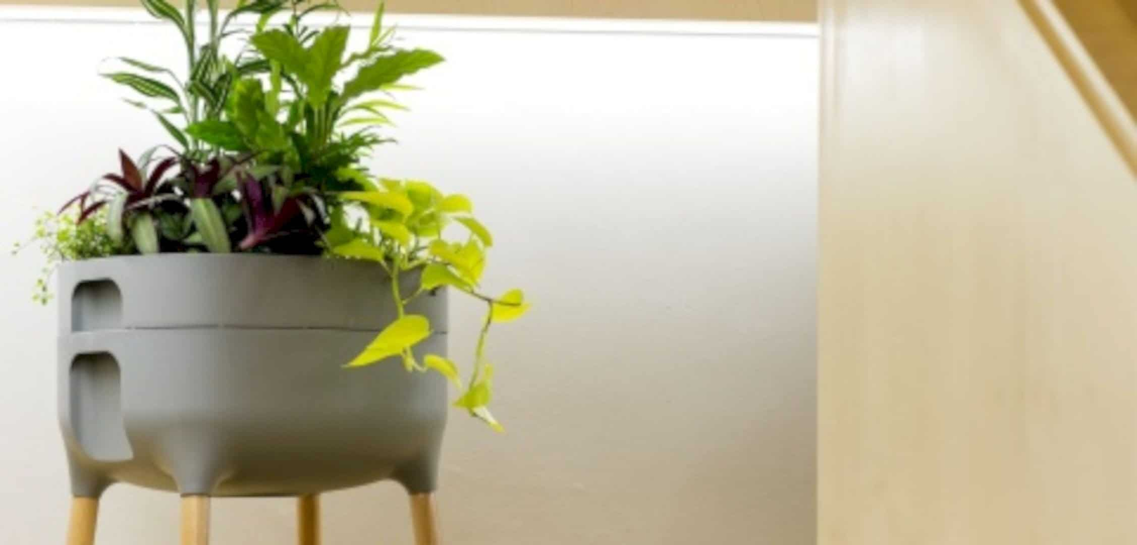 Urbalive Indoor Planter 1
