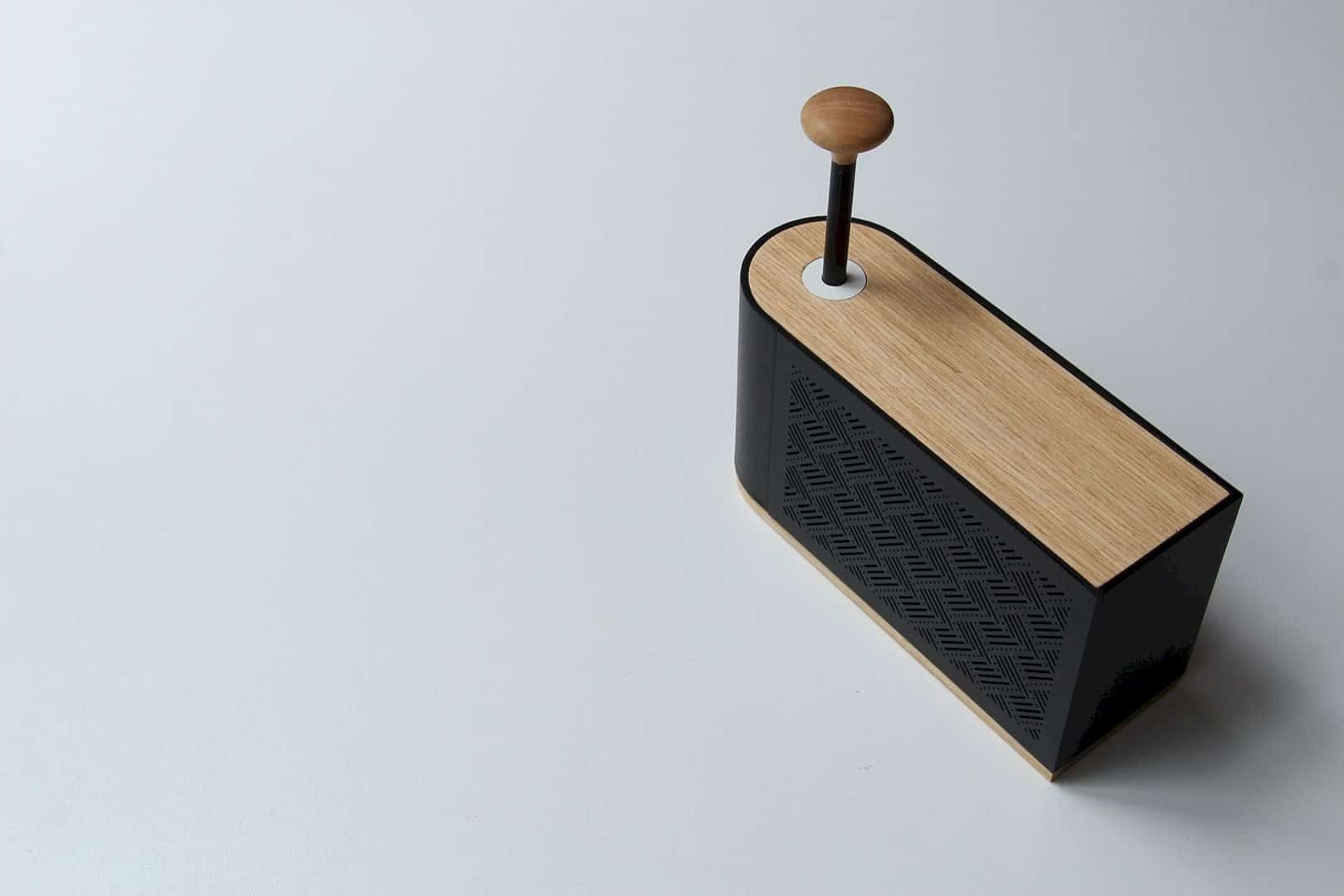 Hilo Speaker 6