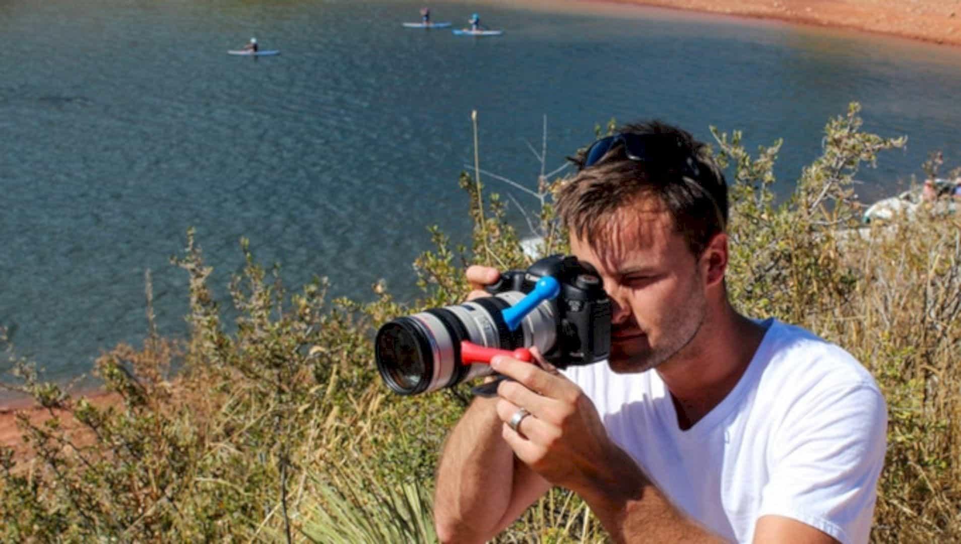 LensShifter: The Only Balanced Focus & Zoom Camera Lens Grip