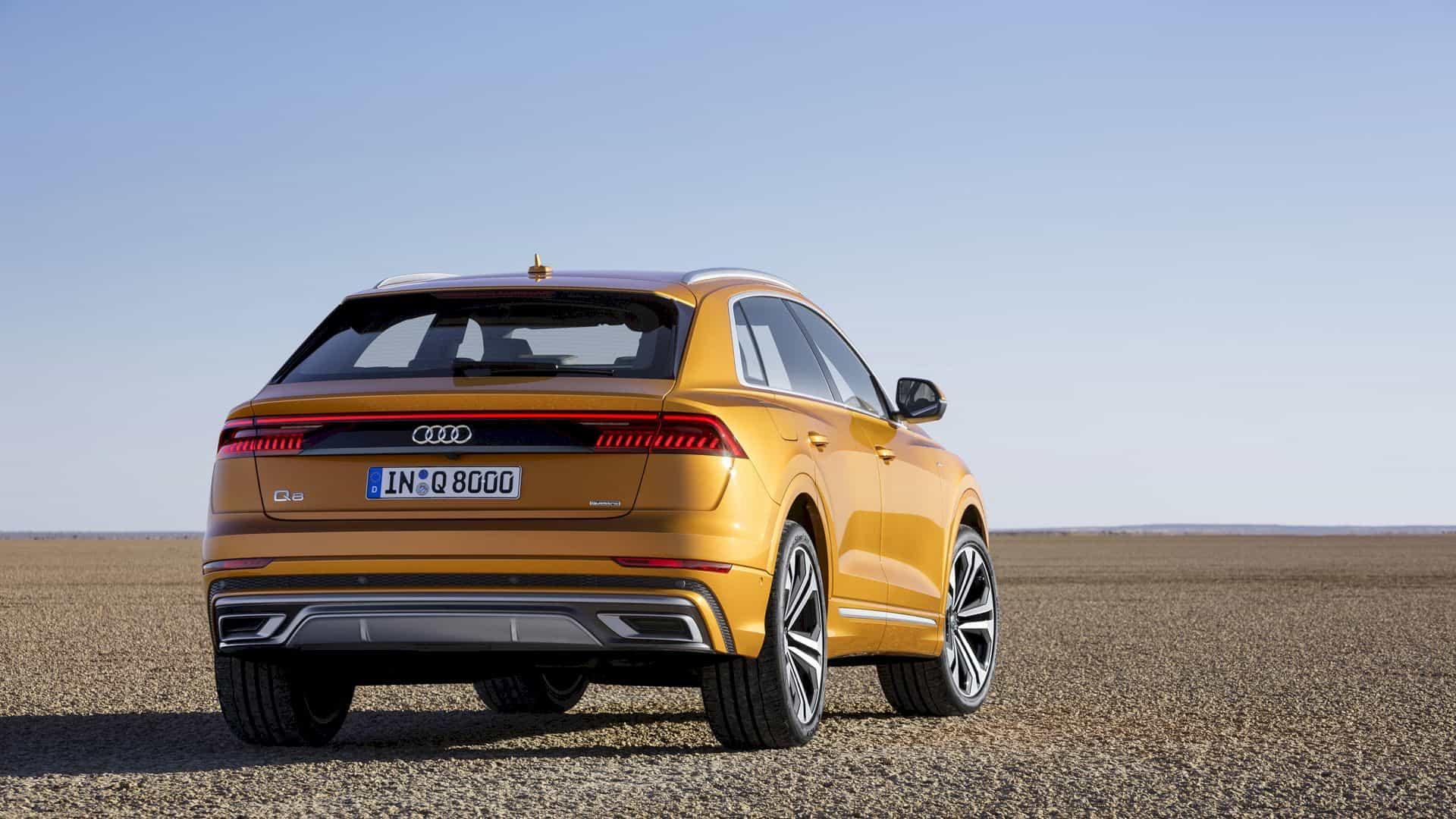 Audi Q8 4