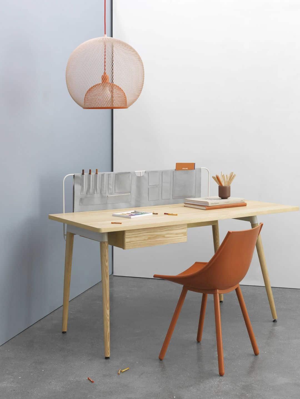Pure Desk 1