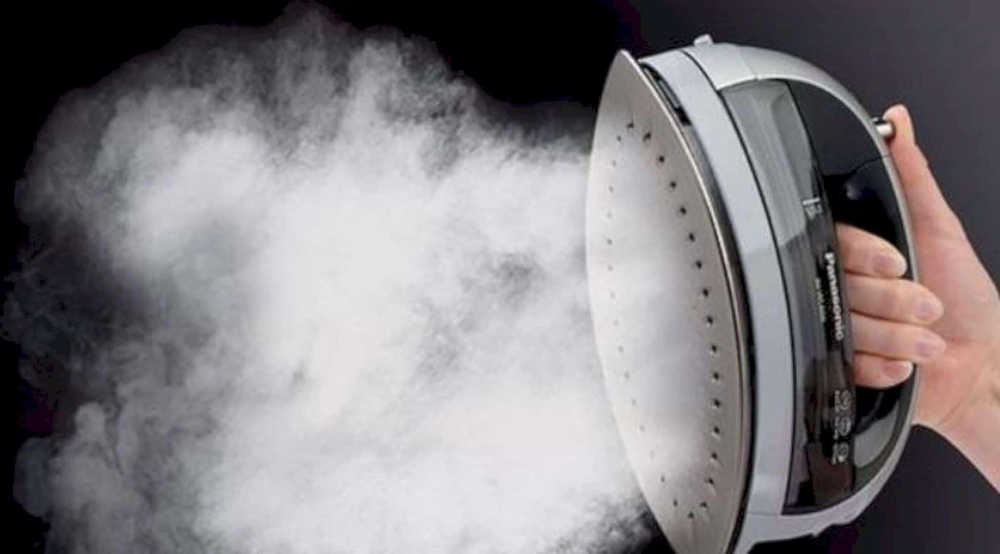 Cordless 360° Freestyle™ Steam Dry Iron 9