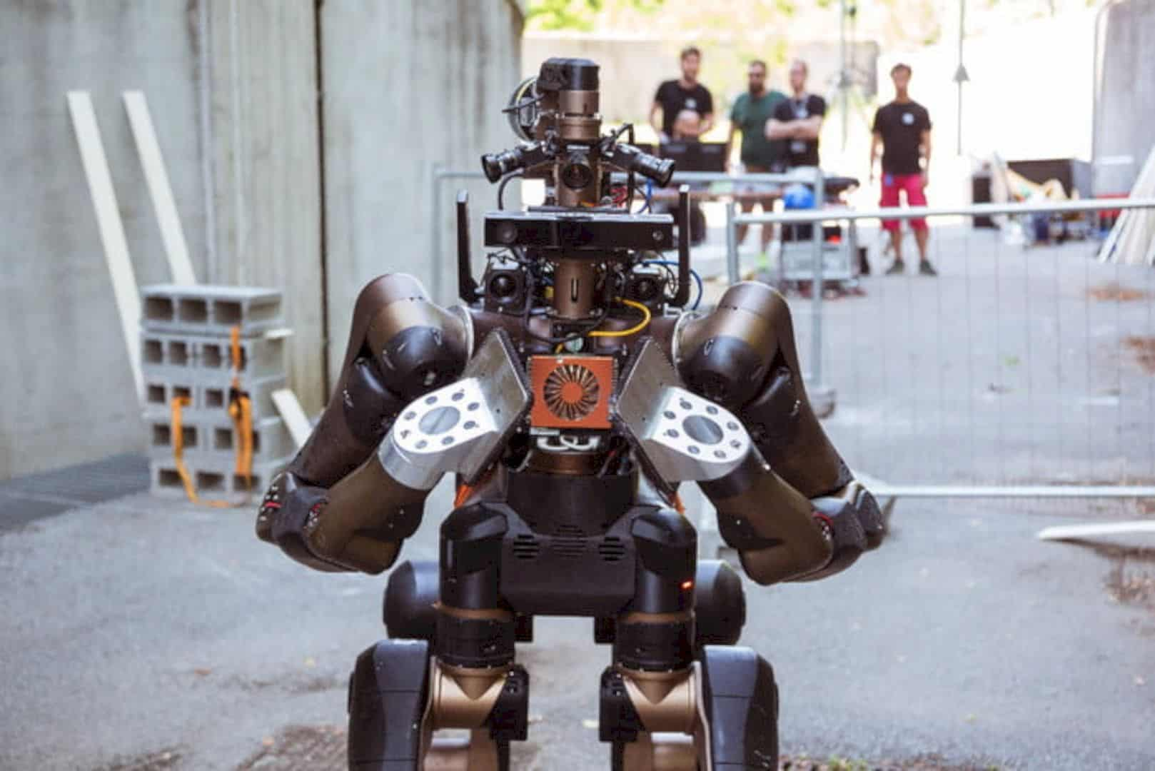 Centauro: The Disaster Response Robot in a Centaur-like Shape