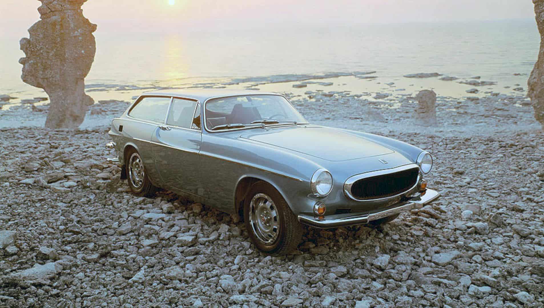 The Volvo 1800es 6