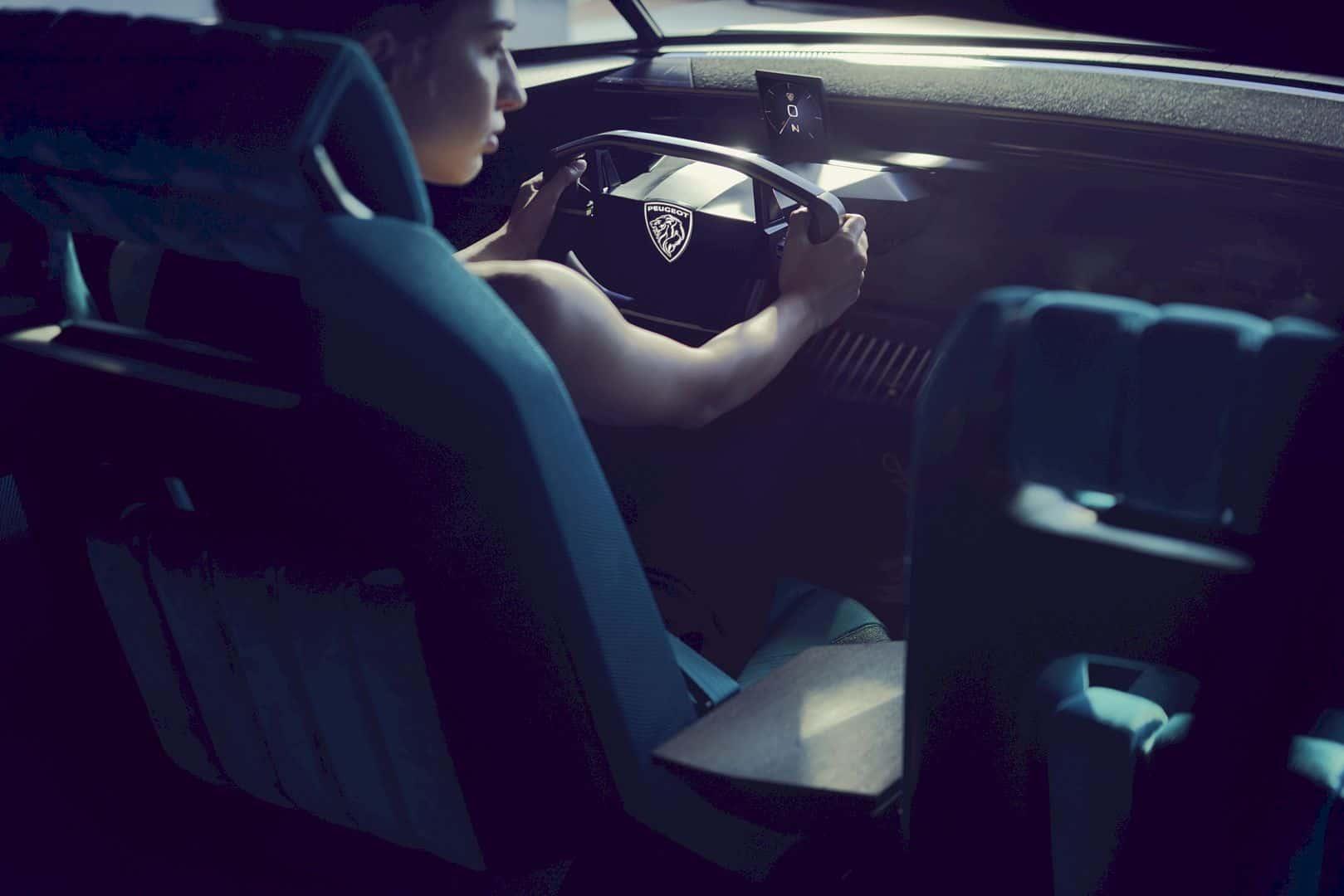 Peugeot E Legend Concept 7