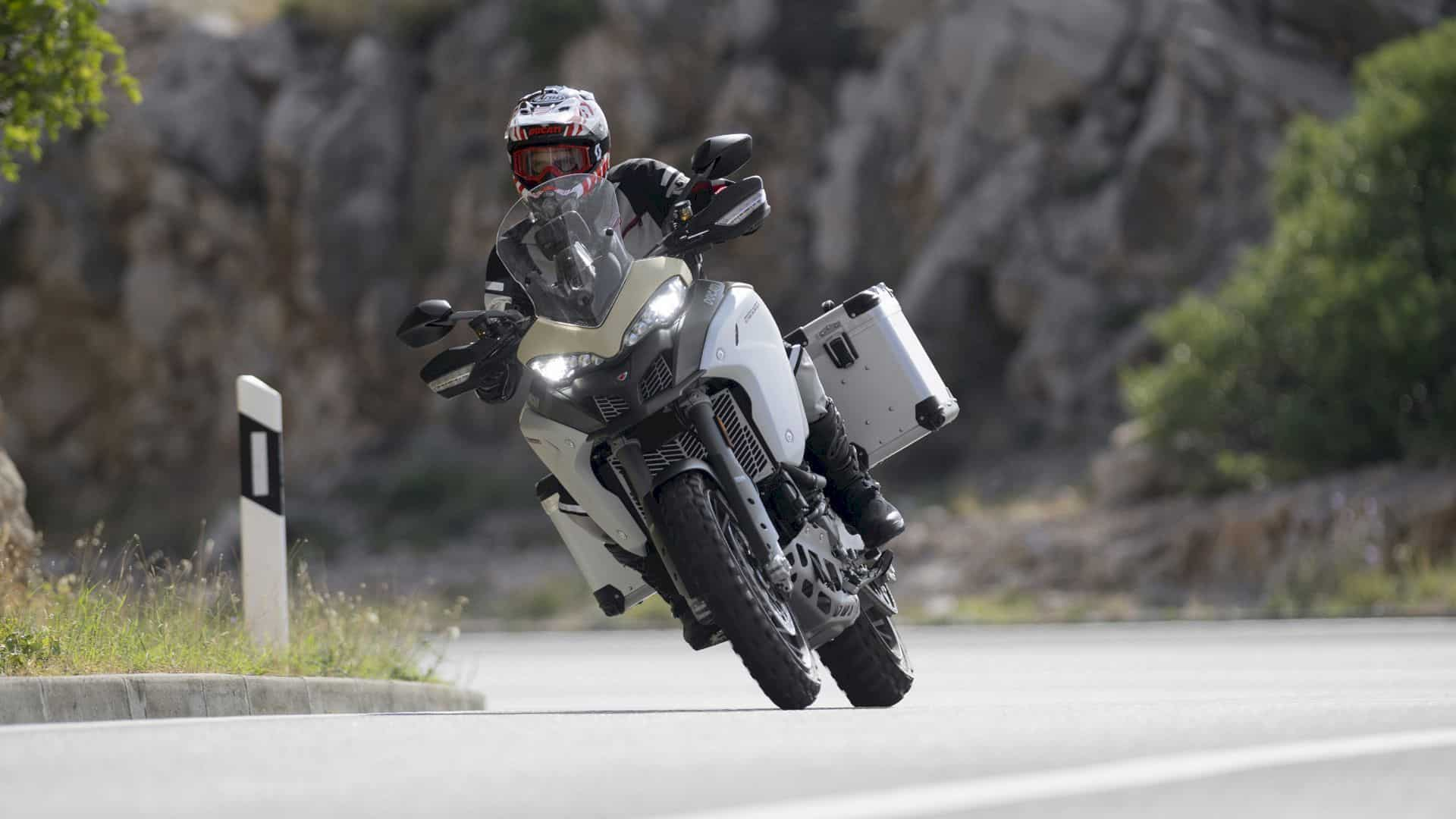 Ducati Multistrada 1260 Enduro 11