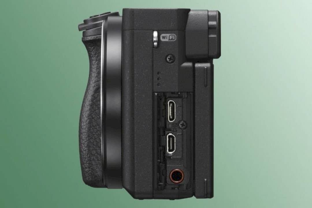 Sony α6400 2