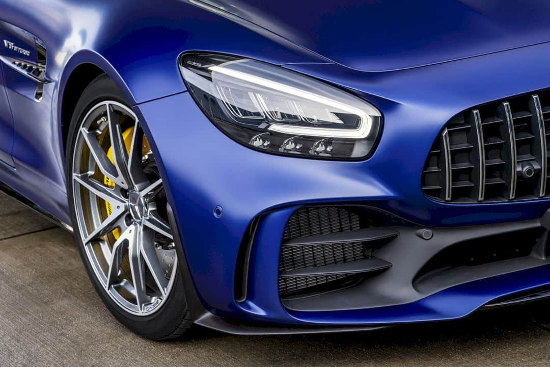 The New Mercedes Amg Gt R Roadster 6