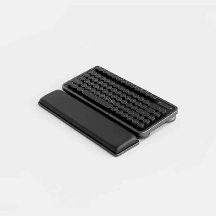 Azio Retro Compact Keyboard 5