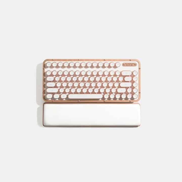 Azio Retro Compact Keyboard 8