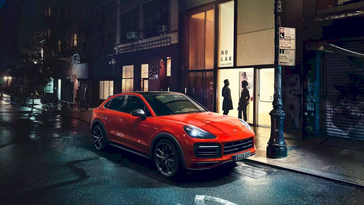 New Cayenne Coupé Models 11