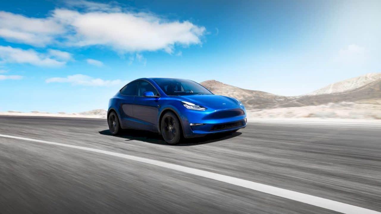 Tesla Model Y 5