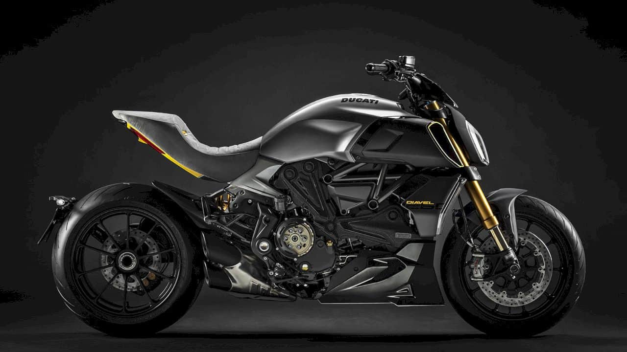 2019 Ducati Diavel 1260: So Good to be Bad