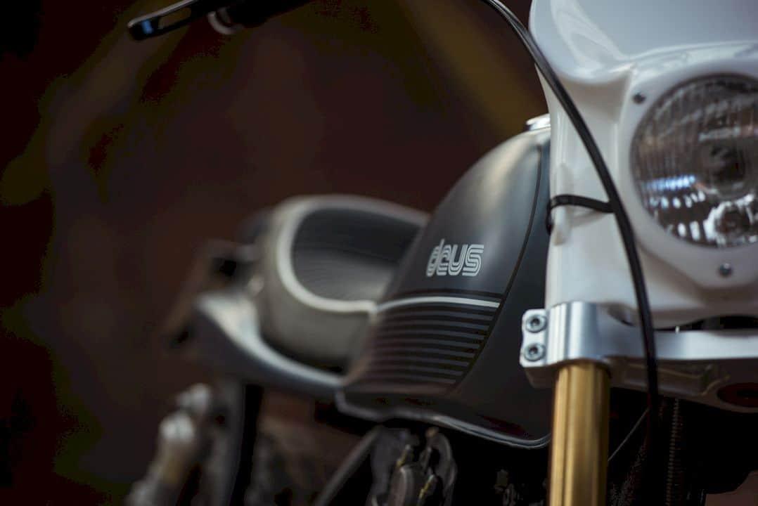 Deus Sr500 Milano Street Tracker 4