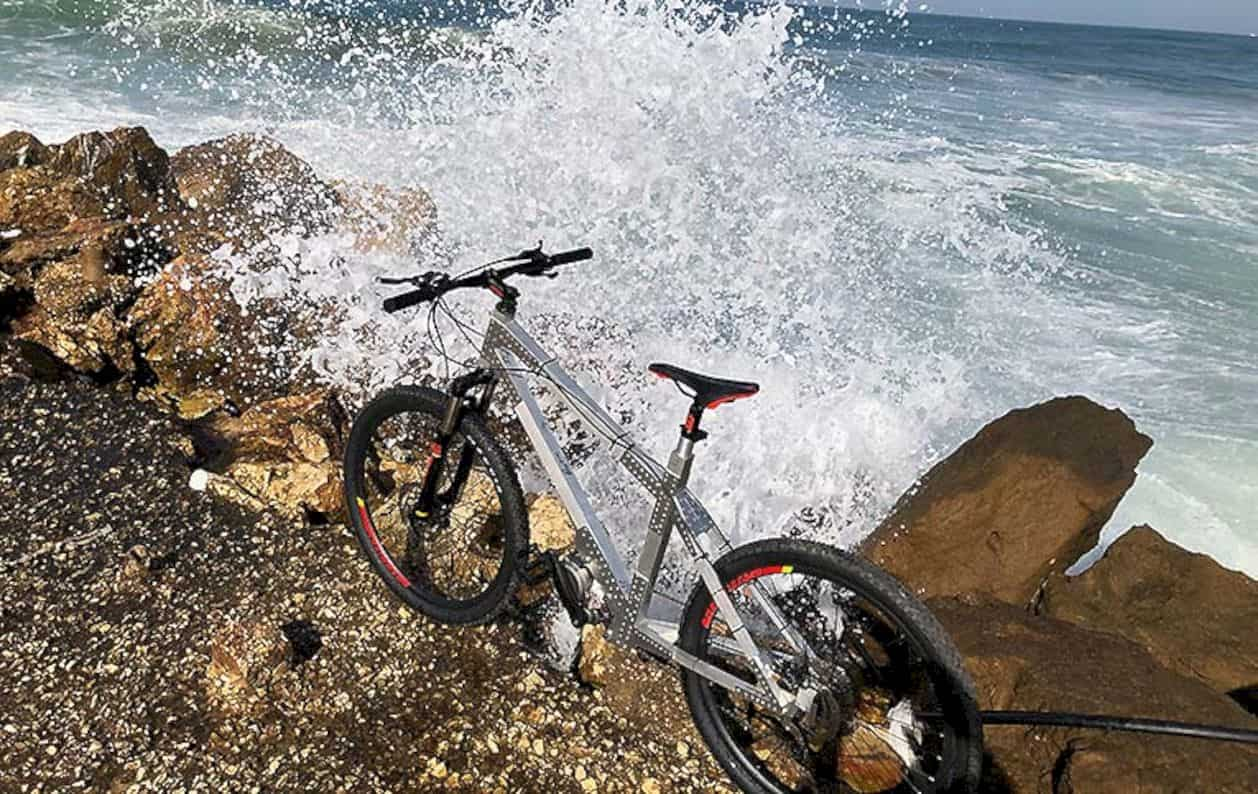 Avial Bike 8