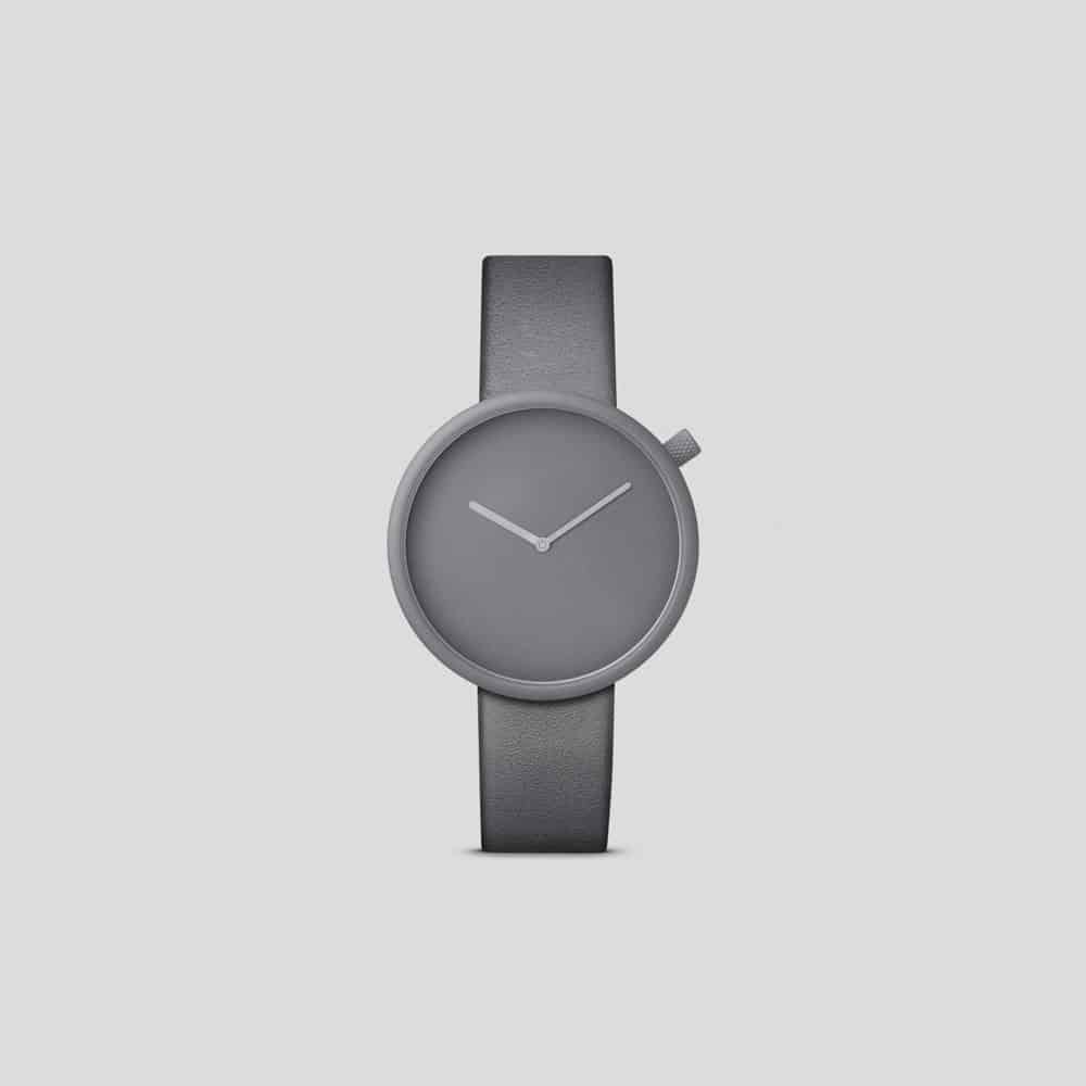 Ore 04 – Bulbul: Reduces timekeeping to its pure essence.