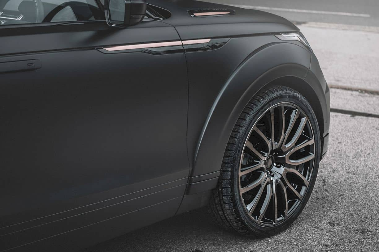 Land Rover Range Rover Velar Project KAHN P300 Pace Car: Get Real with the Original British Automotive Fashion House