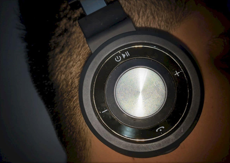 Linpa World M1 On Ear Bluetooth Headset 1