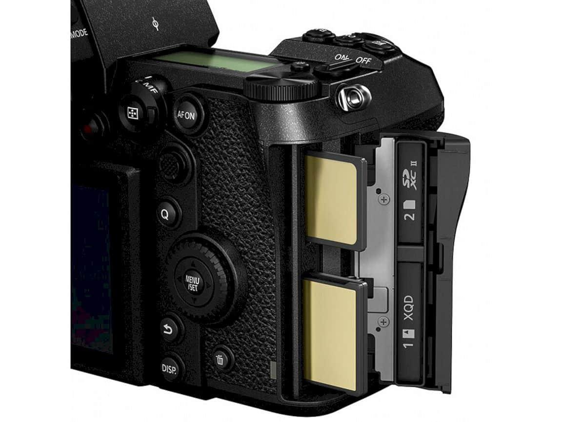 Panasonic Lumix S1r 8
