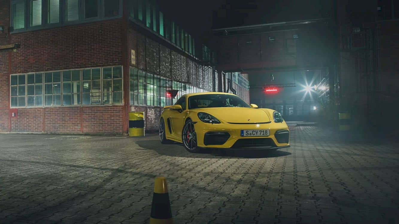 The New 718 Cayman Gt4 16