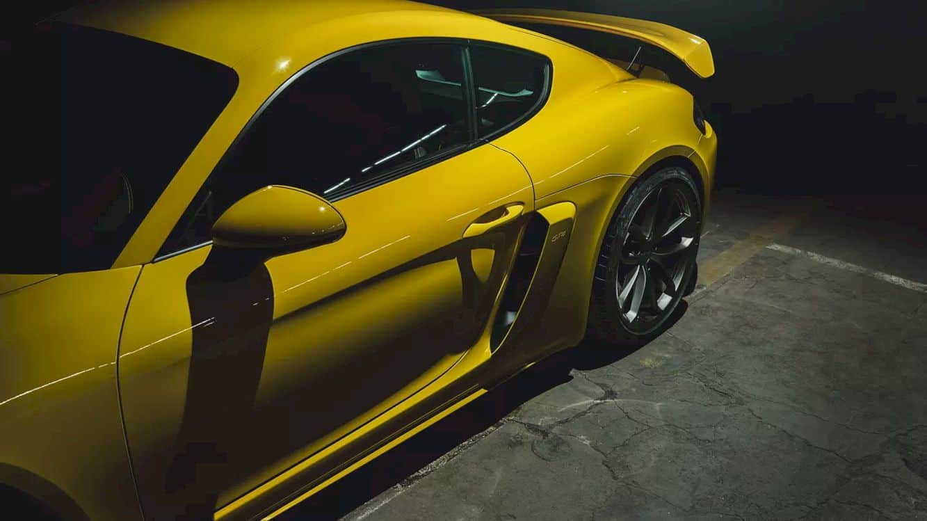 The new Porsche 718 Cayman GT4: Perfectly irrational.