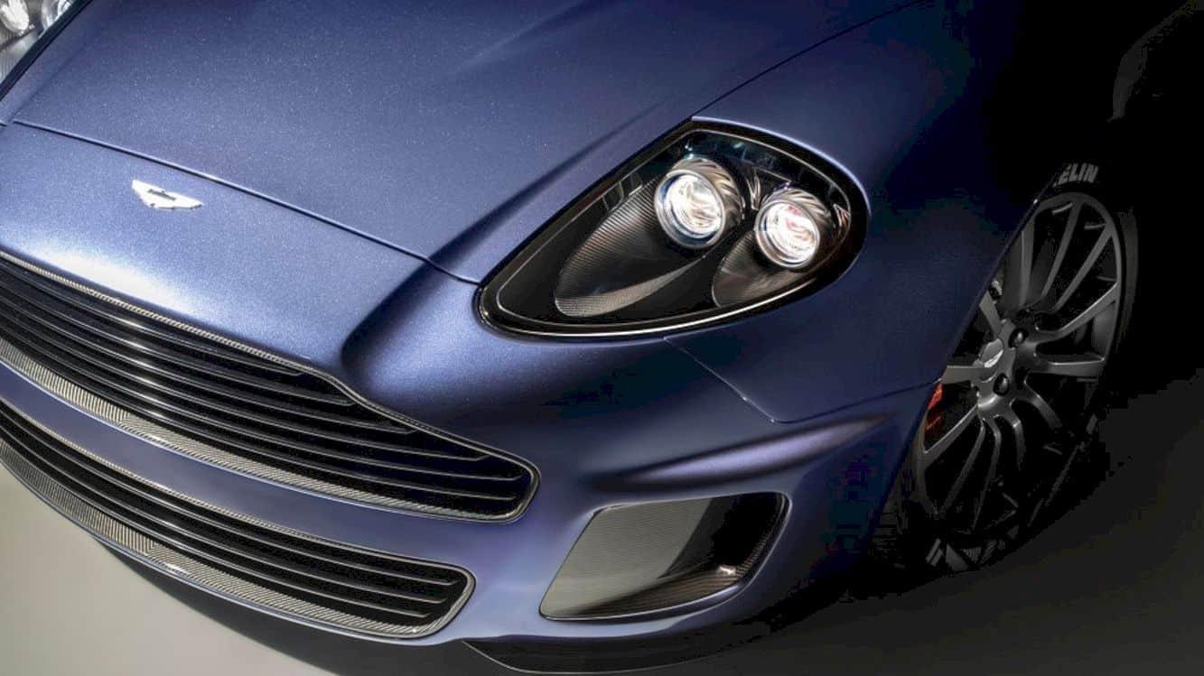 Aston Martin Vanquish 25 7