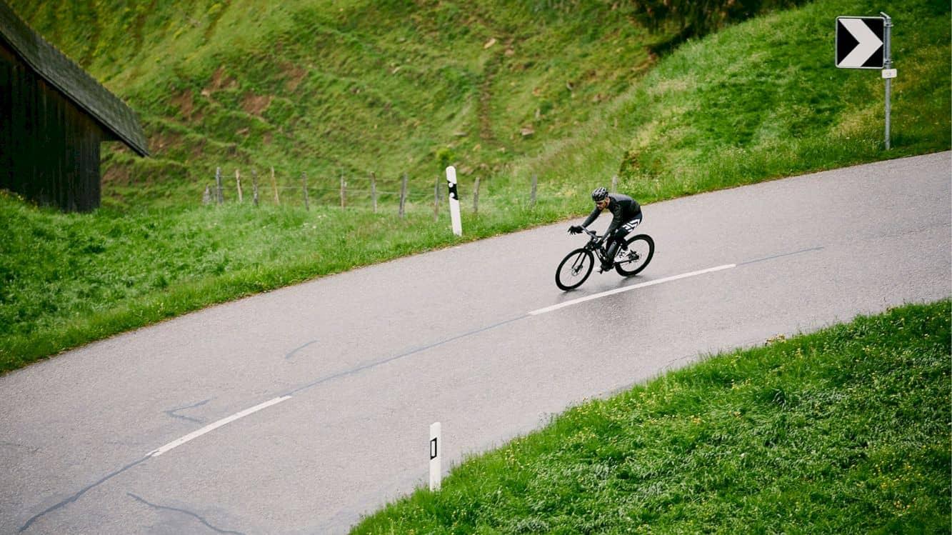 Bmc Alpenchallenge Amp Road One 2