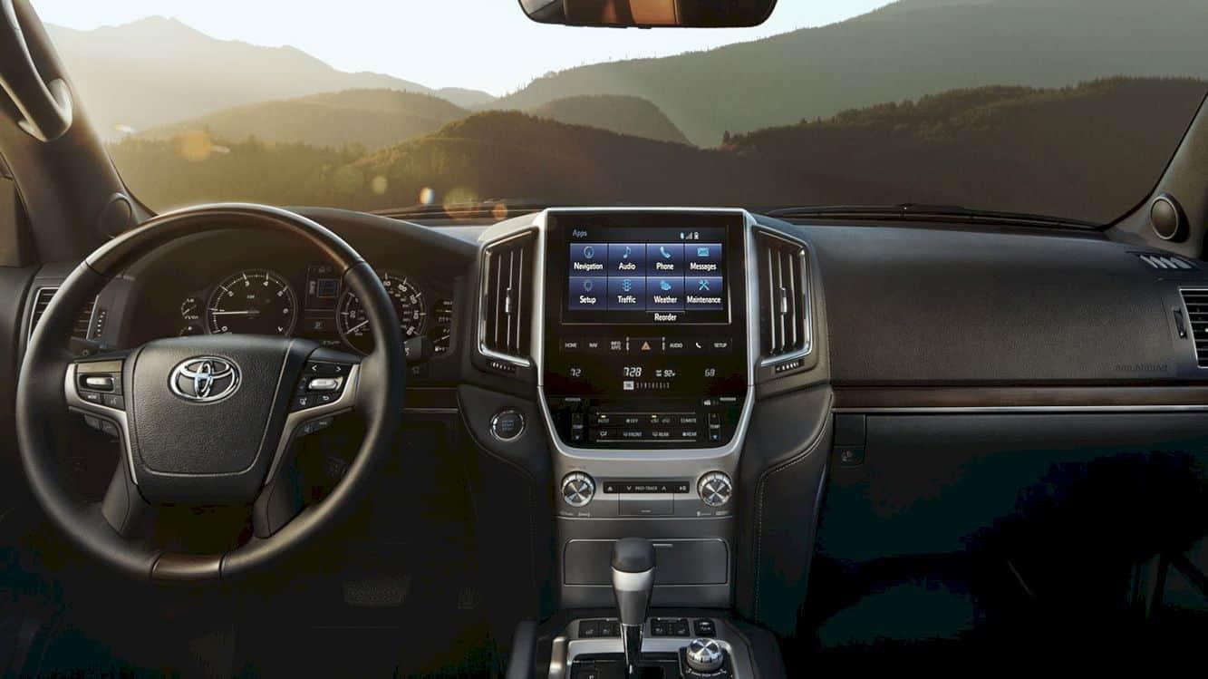 2020 Toyota Land Cruiser 10