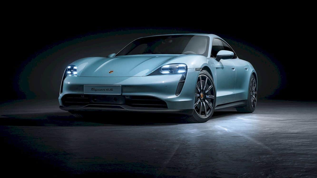 Porsche Taycan 4s 12