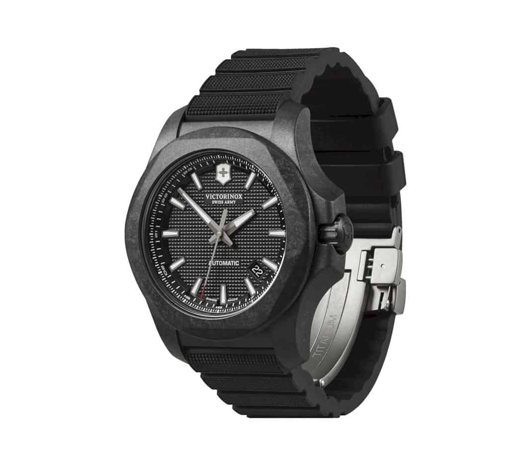 Victorinox I.N.O.X. Carbon Mechanical: Strength and Resilience, with an Edge