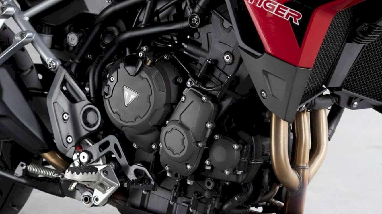 Triumph Tiger 900 5
