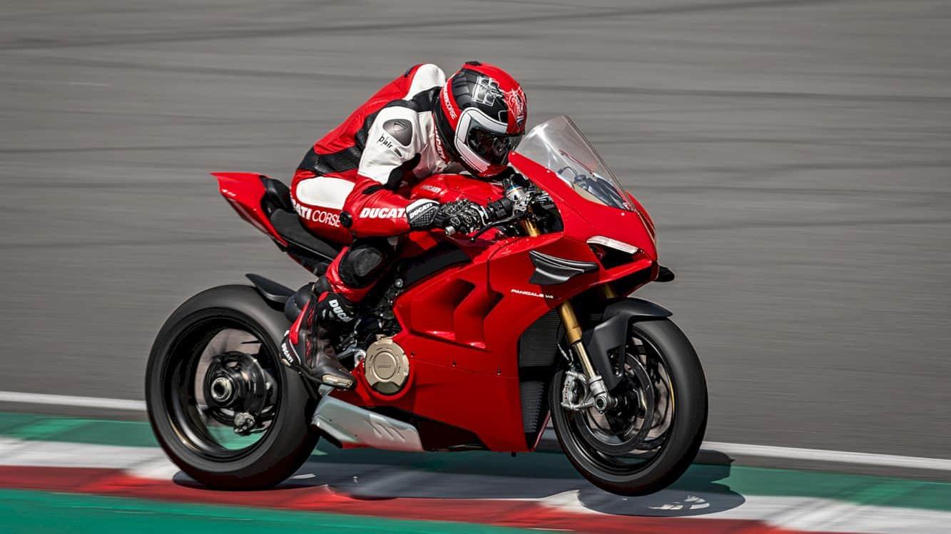 Ducati Panigale V4 1