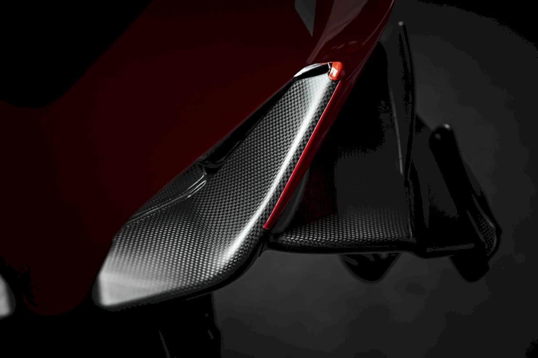 New Ducati Superleggera V4 4
