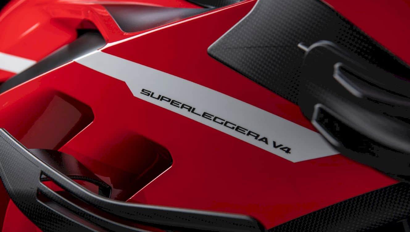 New Ducati Superleggera V4 5