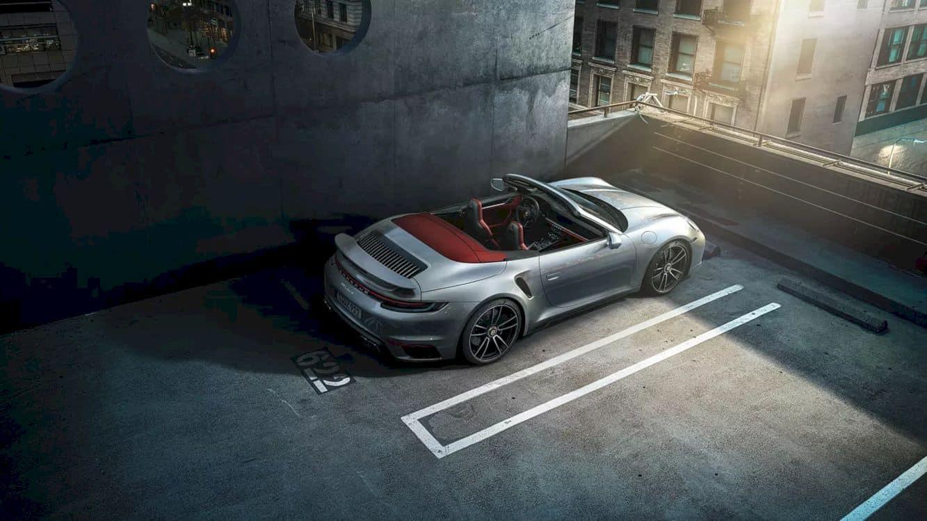 New Porsche 911 Turbo S 4