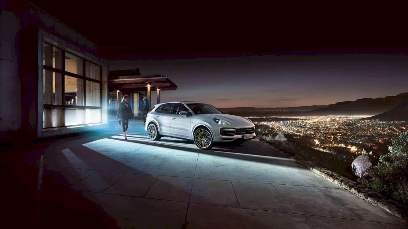 Porsche Cayenne E Hybrid 12