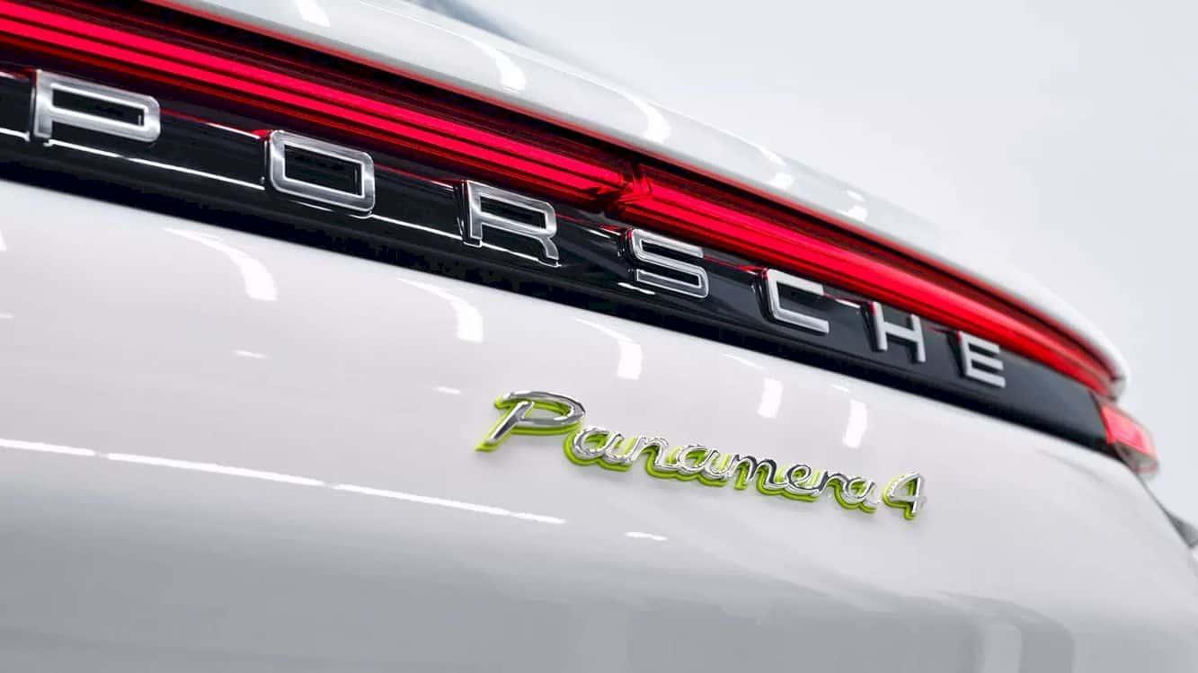Porsche Panamera 4 E Hybrid 5