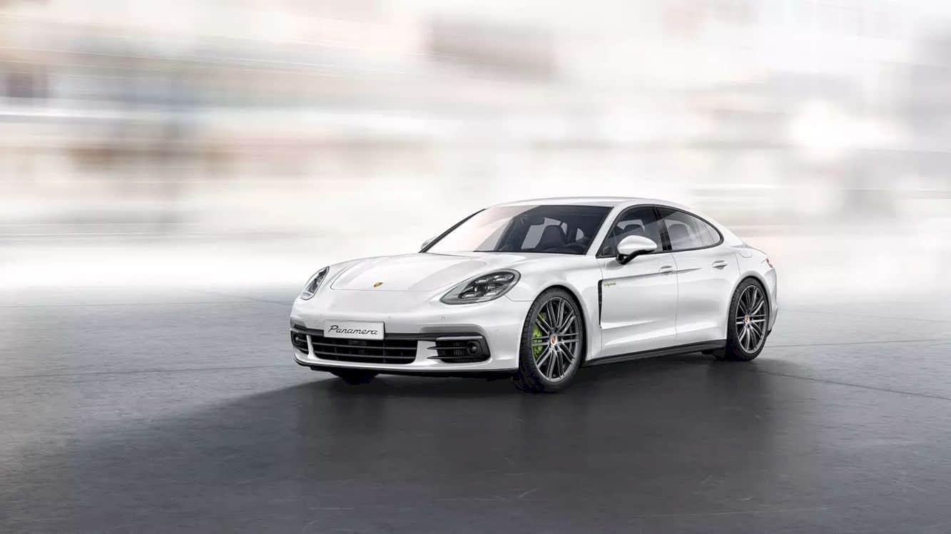 Porsche Panamera 4 E Hybrid 7