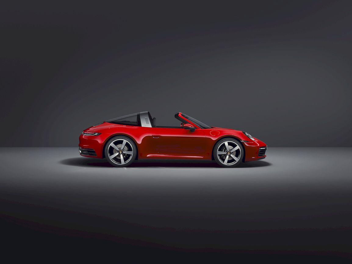 2021 Porsche 911 Targa 1