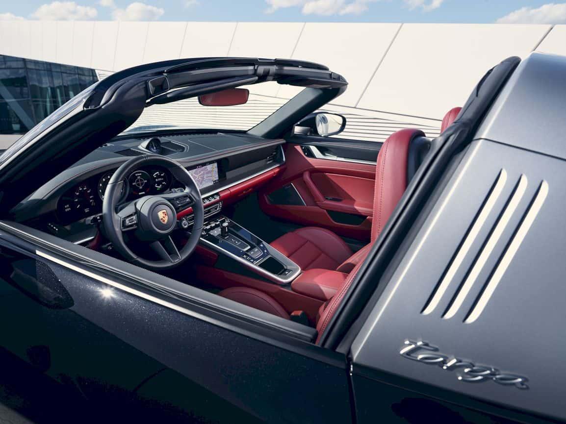 2021 Porsche 911 Targa 6