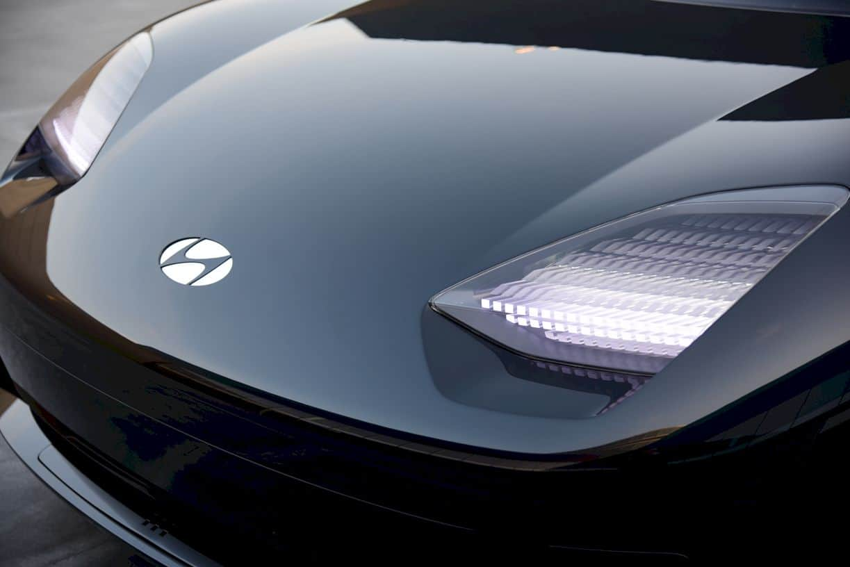 Hyundai Prophecy Concept Ev 15